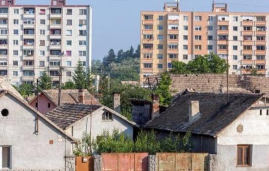 农村人在城里买房了,农村户口还需要保留吗?